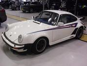 Porsche brings 911s back from the shed