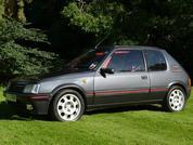 £100K Garage: Simon Garlick