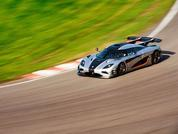 Koenigsegg One:1 at Suzuka: Time for Coffee?